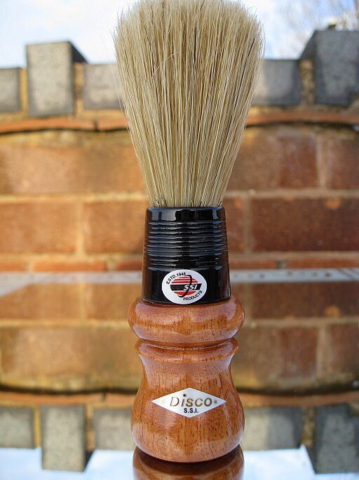 Le palm lathering, le bon compromis ? Disco-Indian-Boar-Bristle-Shaving-Brush-3