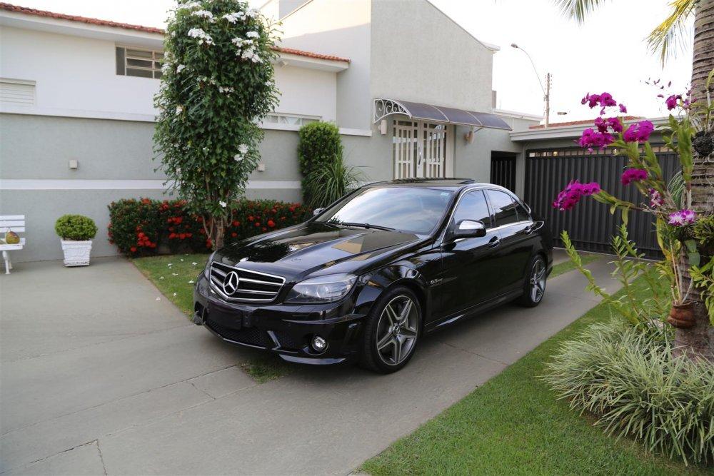 W204 C63 AMG 2008 - R$ 160.000,00 767a7920-56fbcb759f76e