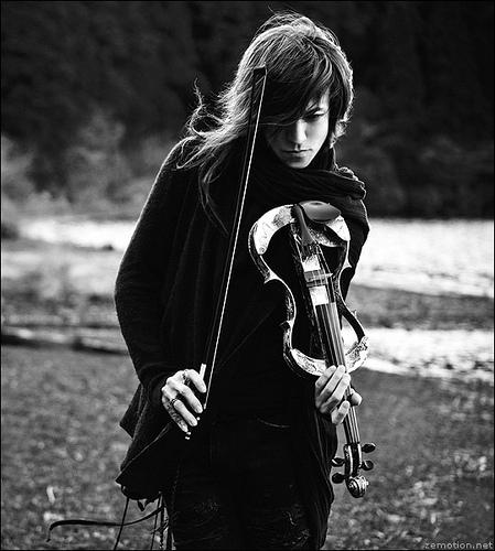 Zena i muzika - Page 2 1287139252_beauty43