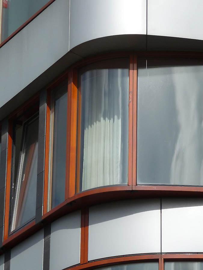 Najpoznatije svetske arhitekte - Page 3 Building-facades-615-1339