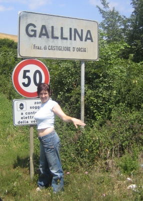 Paesi e città con nomi assurdi - Pagina 2 Gallina1