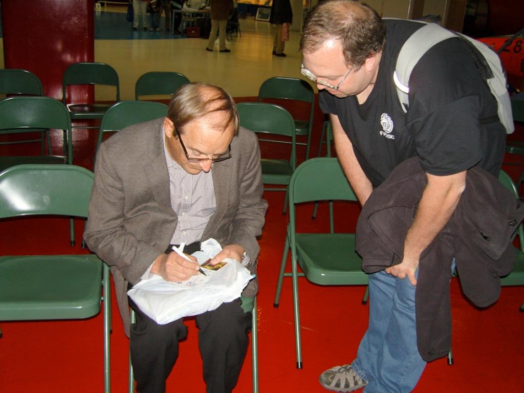 Buzz Aldrin au mk2 Bibliothèque le 19 octobre ! - Page 7 SNC14181