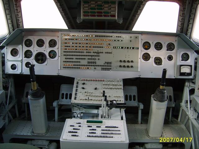 Restauration de la navette Bourane OK-M 9c2efa216ac3