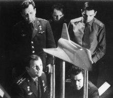 Navette Spatiale vs Buran - Page 2 Gagarin3-petit