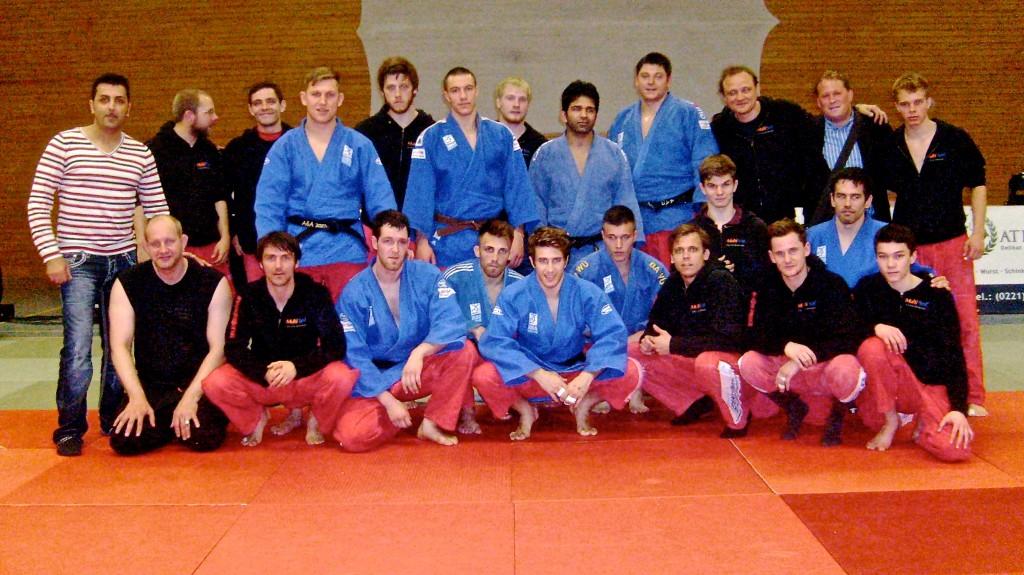 HIKU Shiai judogi review 10.05.14_Bundeliga_Maenner_2_Kampftag-1024x575