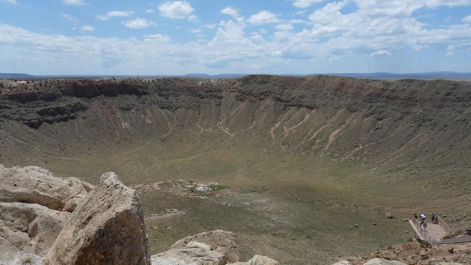 El cráter de Arizona podría no ser un cráter 111102-meteor-crater-az-glamour-schatz