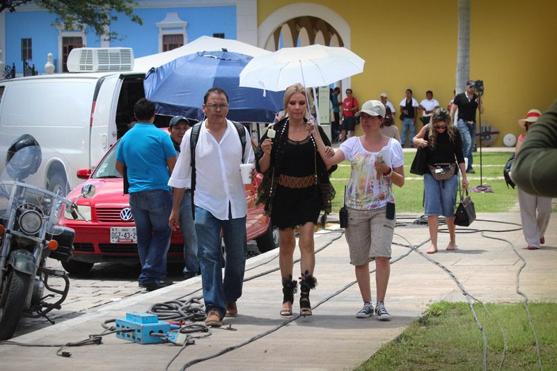 Даниэла Кастро / Daniela Castro - Страница 6 Daniela-castro-6484