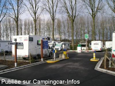 Bruges - Aire de stationnement et services 5611ph5