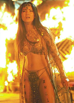 Women Wearing Revealing Warrior Outfits - Page 4 Scorpionking