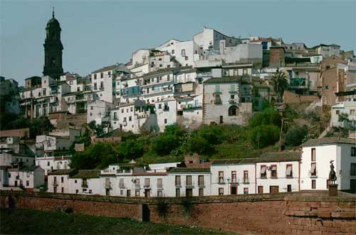 une ville d' europe par blucat trouvée par martin Espagne-cordoue-montoro-panoramique-gf