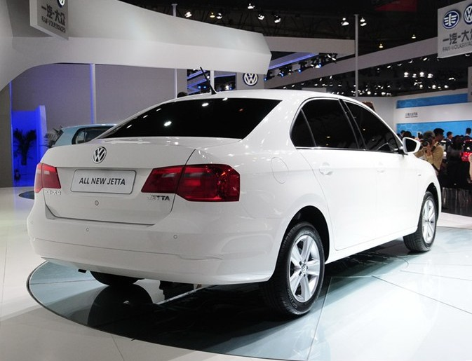 2012 - [Volkswagen] Jetta (Chine) New-volkswagen-jetta-china-3