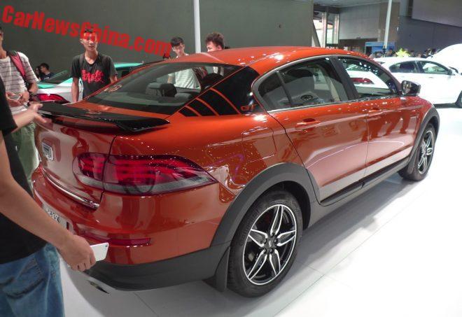 2016 - [CHINE] Guangzhou Auto Show Qoros-3-gt-13-660x453