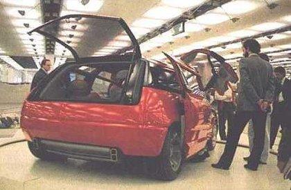 """[Concepts] Les """"vieux"""" concepts ! - Page 19 1988_Bertone_Lamborghini_Genesis_Turin88"""
