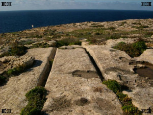 Ancient Malta Discoveries That Should Not Have Existed 7000 Years Ago Dwejra-cart-ruts-300x225