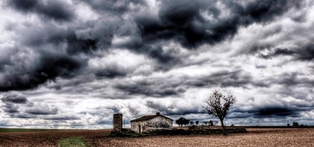 CLEMENCIAS. Haikus Nubes-tormenta