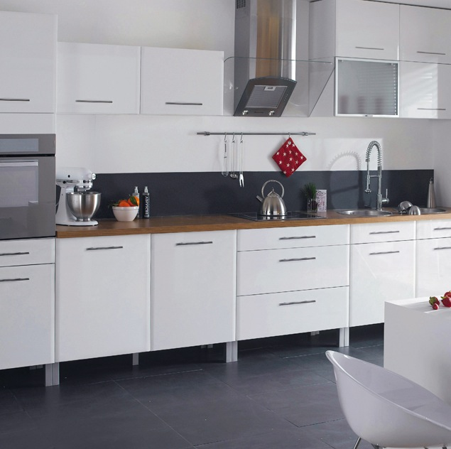 Quelle couleur mettre au murs? Cuisine-Castorama-Subway-blanc-201210101941061l