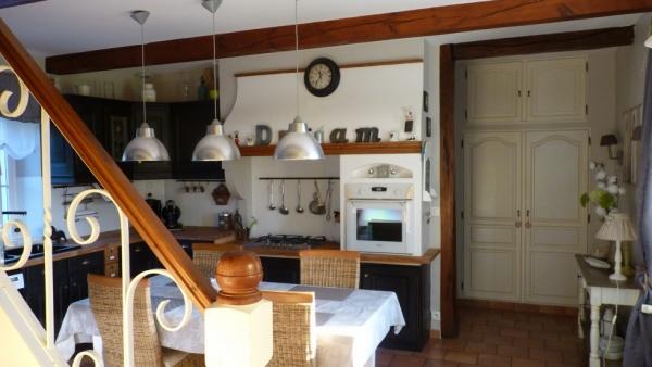 CUISINE Rustique relookée  Cuisine-relookee-201211251149338m