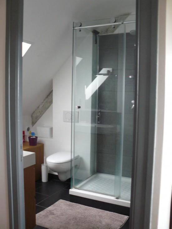 On fait péter la salle de bain  - Page 2 Salle-de-bain-201405012038160l