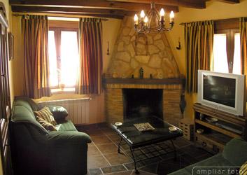 Mobiliario cómodo para el salón de la casita. - Página 4 SalonChimeneaPQ