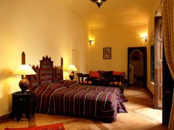 غرف نوم رائعه 200707051243111