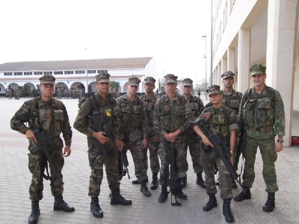 Fusiliers Marins et Fusilieres - Page 2 061114110134209868