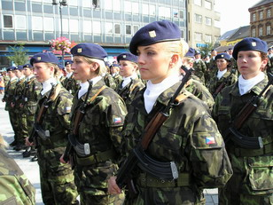 Fusiliers Marins et Fusilieres - Page 4 061222105031257080