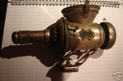 Autrefois......... pas de Leds ..... c'était des lanternes : 0703101233142640379940