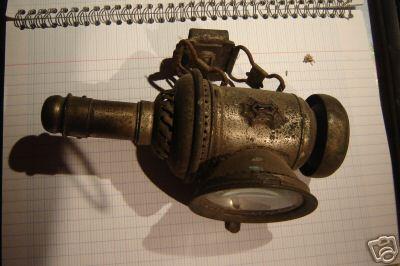 Autrefois......... pas de Leds ..... c'était des lanternes : 0703101234552640379946