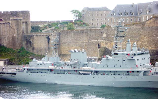 سفينة القيادة الجزائرية  الصومام 070707033726820309