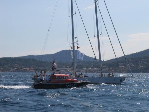 Départ des voiliers de Toulon pour la parade. 070727111205917059