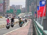 Au pays des usines à vélo........  oupsss... Mini_061023092923169441
