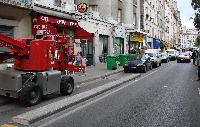 A Paris ... les pistes cyclables, sont devenues parkings Mini_061028124813177811