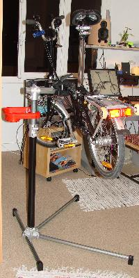Pied d'entretien vélo........ Mini_061127083240226589