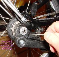 Comment démonter sa roue arrière Mini_061128113027228163