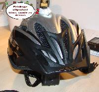 Eclairage sur le casque...... bonne idée.....? Mini_070220100634339036