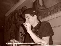 A Drum'n Bass Addicted...by Dj Kriktus (New mix Avril 2007) Mini_0703211038034068408987