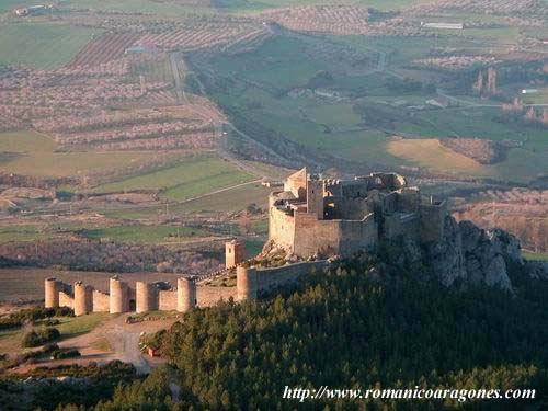 El Castillo de Loarre - Huesca LoarreArcaico0