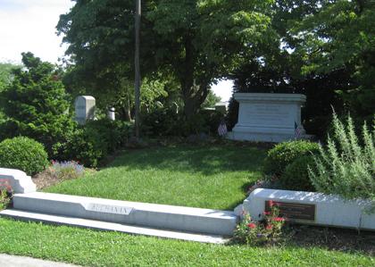 James Buchanan Memorial Av21