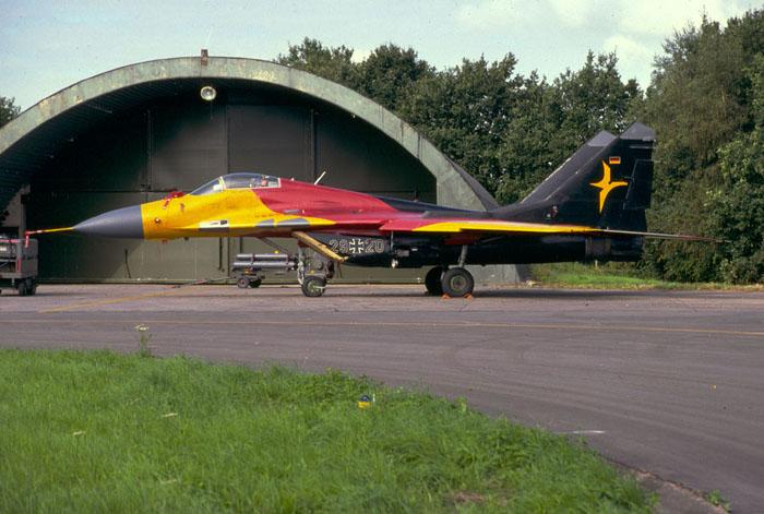 Mikoyan MiG-29 ( caza de cuarta generación  Unión Soviética) Mig29_2920
