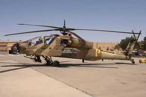 لاول مرة (القواعد الحربية الاسرائيلية) AH64A_956_thumb