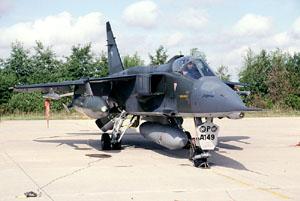 قصة ألجآكوآر ألتي كآنت ستآتي مصر قبل حرب73 بعملية مخآبرآتية  JaguarA_A149_thumb