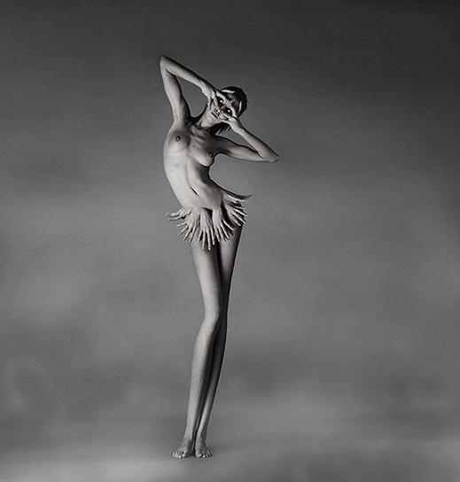 Sinfonia en blanco y negro - Página 24 Mujer-fotograf%C3%ADa-art%C3%ADstica-surrealista