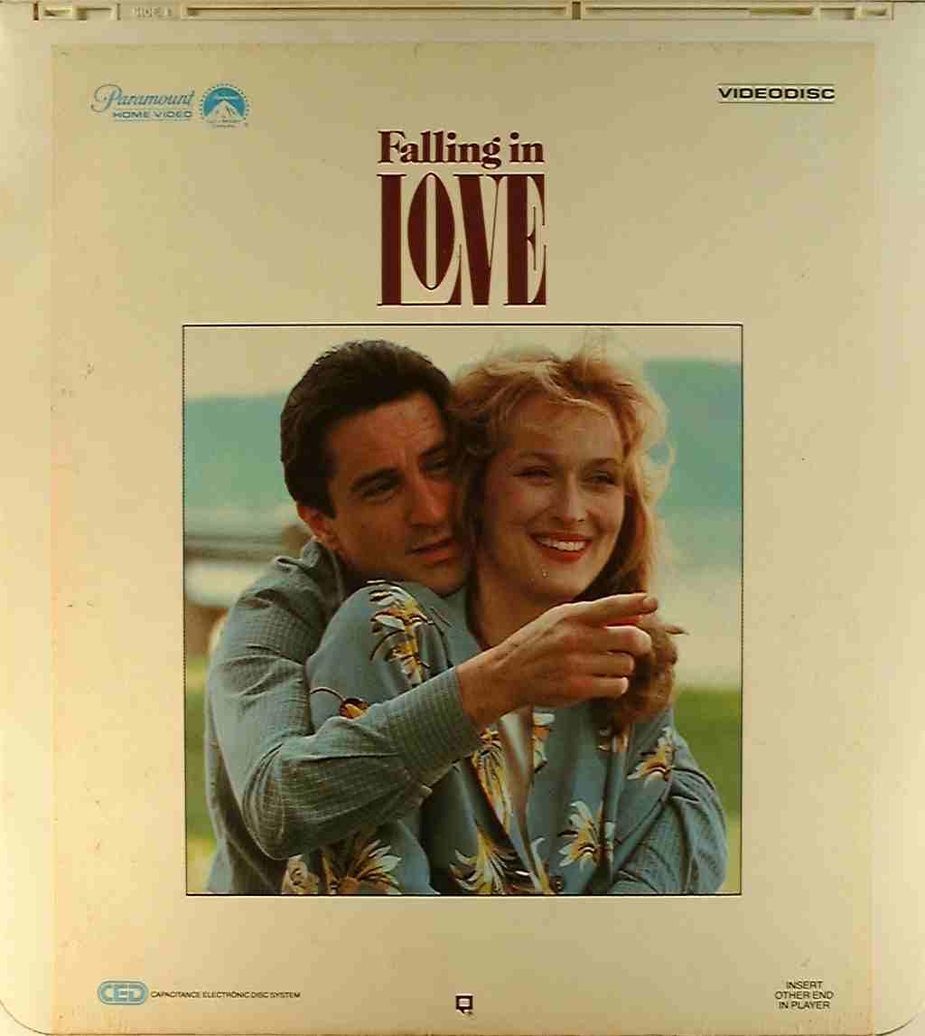 Meril Strip - Page 2 Falling-in-love-1