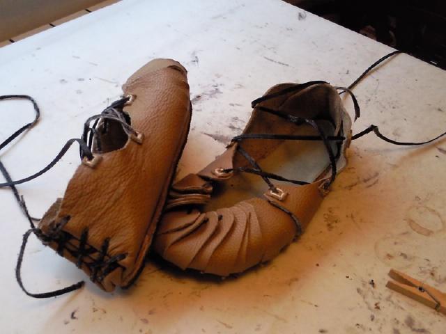 Cual consideran que es el mejor calzado para la salida? Abarcas2