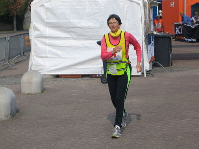 Grand Union Canal Race (145 EM): 02/06/2012 Normal_LOON_OP_ZAND_2011_-_Jill_Clements