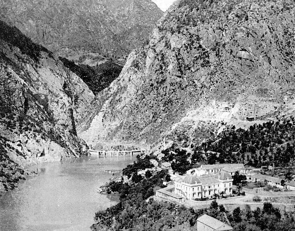Kherrata: Le barrage - le château Dussaix RB077gf