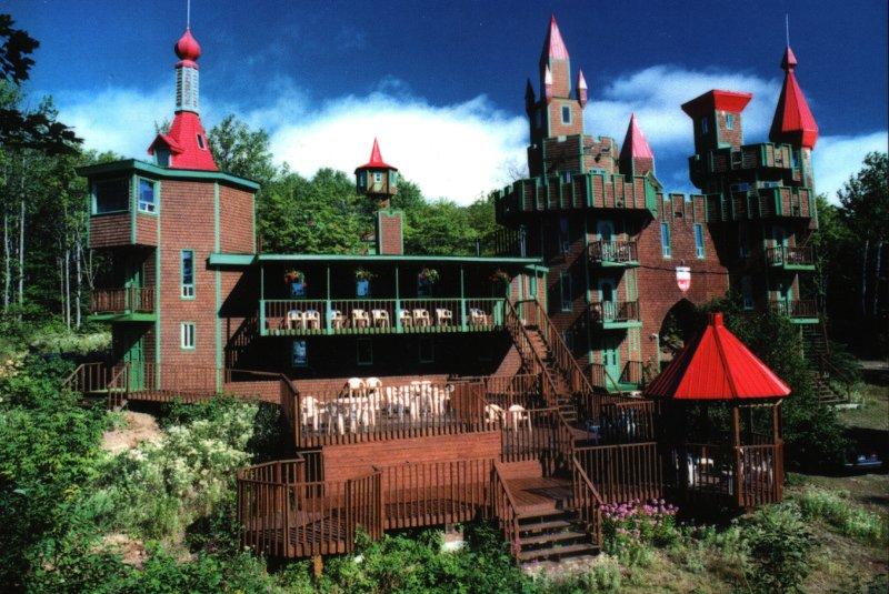 un château - ajonc - 20 novembre trouvé par Martin Carte-postale-ete