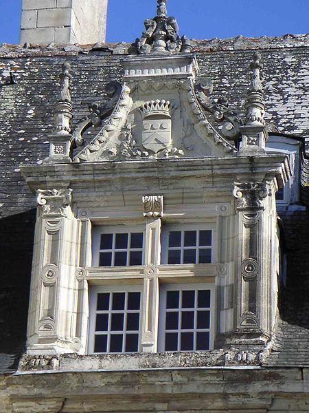 Des fenêtres d'hier et d'aujourd'hui. Chateau_jardins_villandry_lucarne