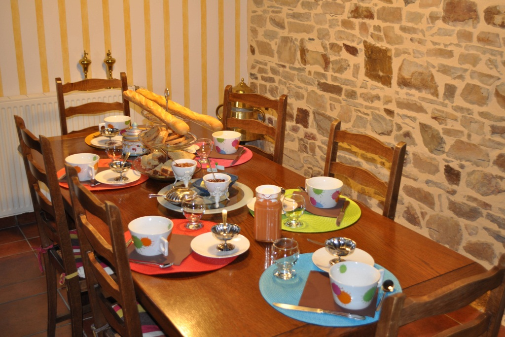 Samedi 24 novembre 2012 Petits_dejeuners_table_6