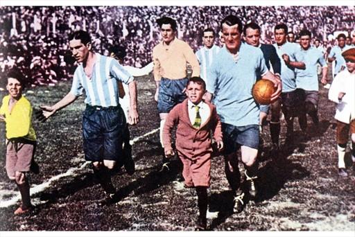 Selección Uruguaya de Fútbol 2000081660052_5472_full-lnd